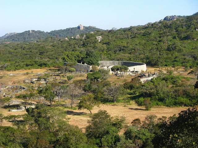 Great-Zimbabwe-Ruins-view