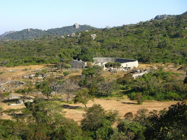Great-Zimbabwe-Ruins-view