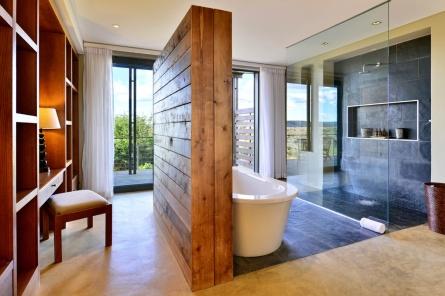 Sarili Bathroom