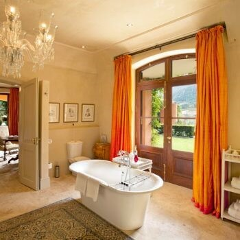 bathroom1-luxury-accommodation-franschhoek-350x350