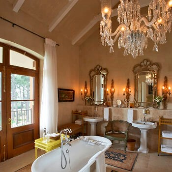 bathroom10-room-luxury-hotel-franschhoek-western-cape-350x350