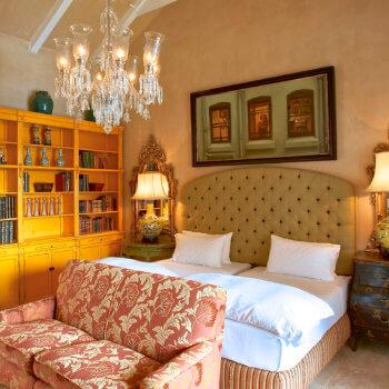 bedroom10-room-luxury-hotel-franschhoek-western-cape-350x350