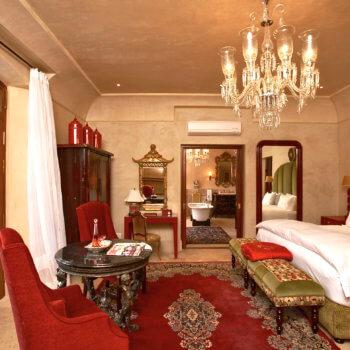 bedroom2-luxury-hotel-franschhoek-western-cape-350x350-1
