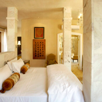 bedroom3-room-luxury-franschhoek-accommodation-350x350