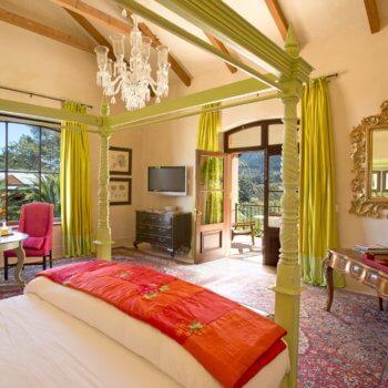 bedroom4-room-luxury-hotel-franschhoek-350x350
