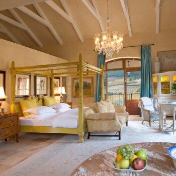 bedroom6-room-luxury-hotel-franschhoek-western-cape-350x350