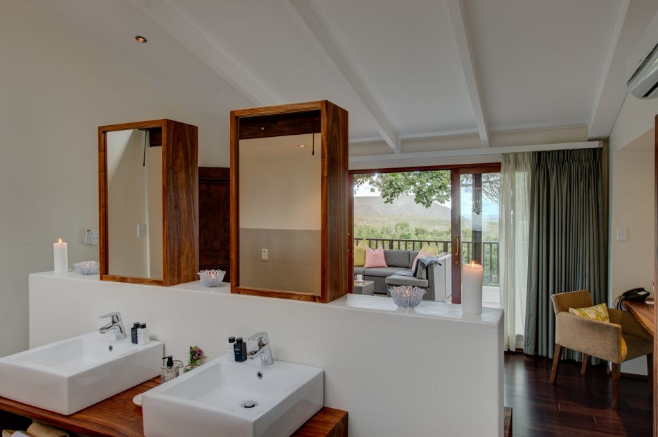 garden-lodge-grootbos-luxury-accommodation-garden-lodge-2-bedroom-suite-7