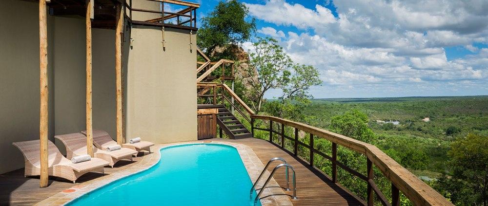 cliff-lodge-pool