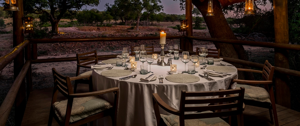 ulusaba-safari-lodge-private-dining.jpg