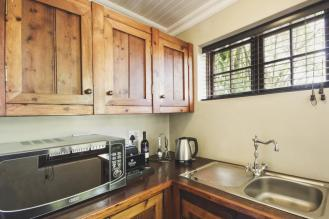 family_cottage_kitchenette_schoone_oordt_country_hotel1