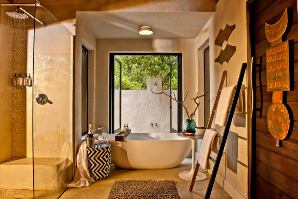 Little-Bush-Camp-Suite-Bathroom-2-1200px-1024x683