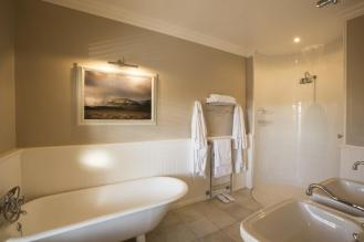 schoone_oordt_luxury_room_bathroom