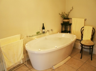 Amakhala_Game_Lodge_Leeuwenbosch_Country_House_Shearers_Suite_Bathroom_Regular