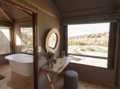 Bukela Game Lodge Luxury Safari Tent bathroom