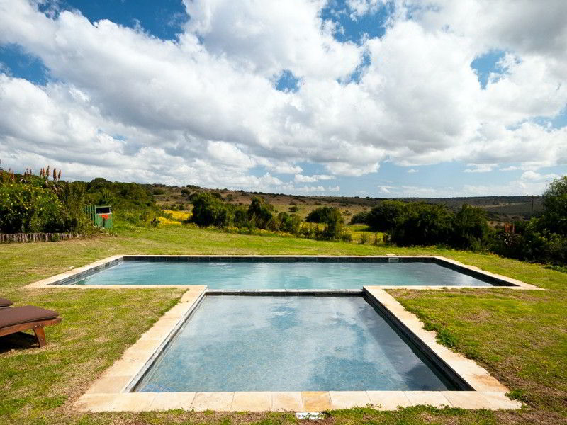 Eastern_Cape_Safari_Greater_Addo_Amakhala_Leeuwenbosch_Country_House_Pool_L.jpeg