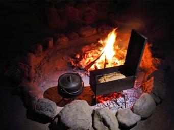 Quatermains_1920s_Safari_Camp_Amakhala_Game_Reserve_fire_Bread