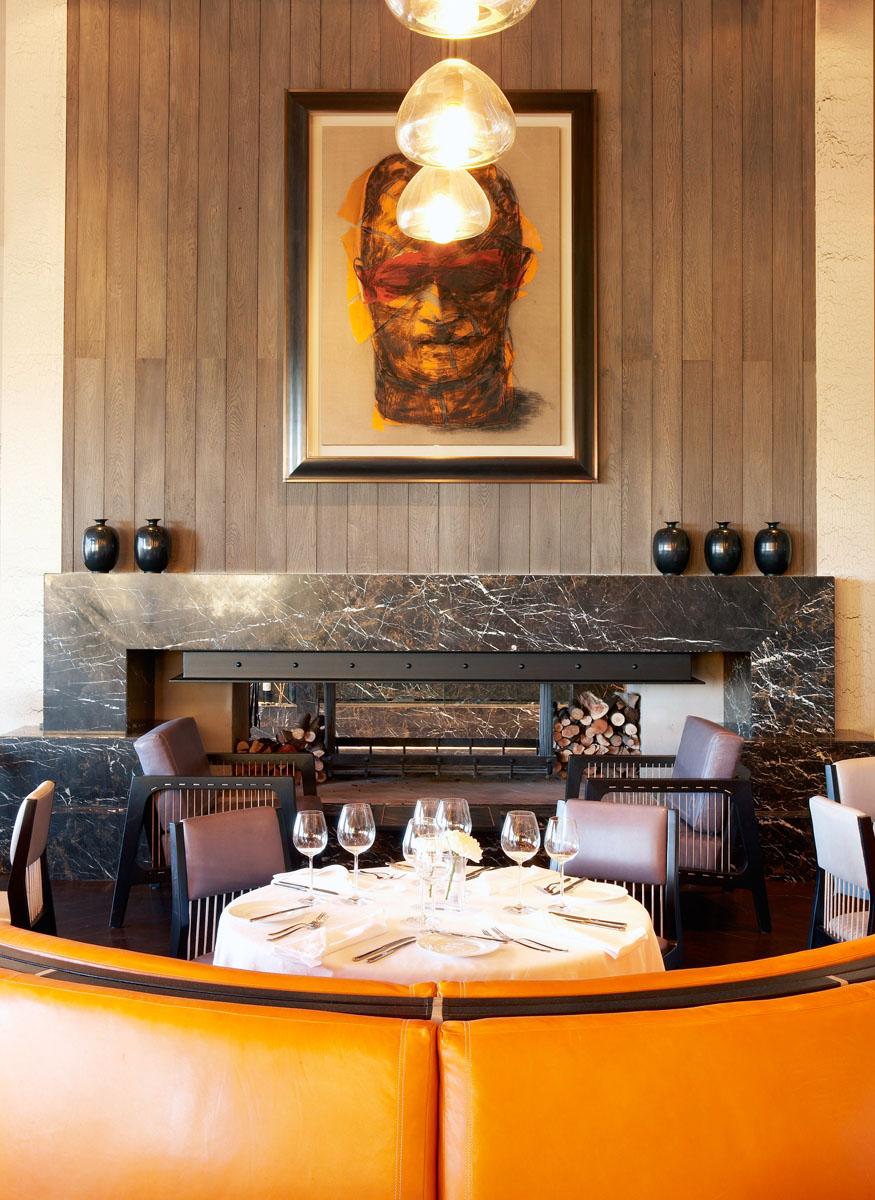 ART-William-Kentridges-untitled-head-in-the-Delaire-Graff-Restaurant.jpg