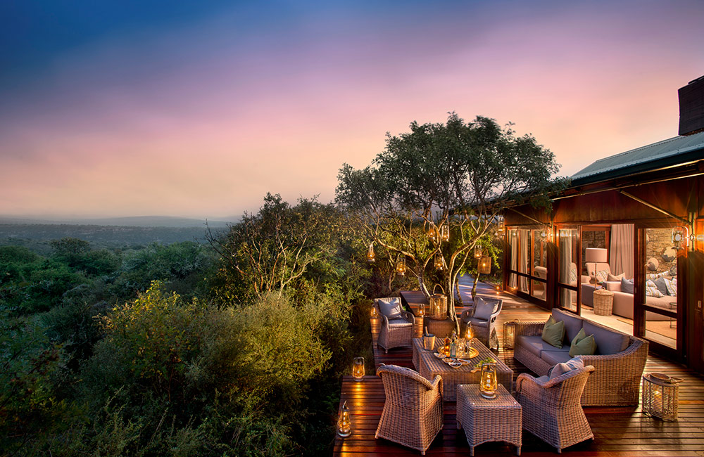 Kwandwe-Ecca-Lodge-main-lodge-exterior-eve