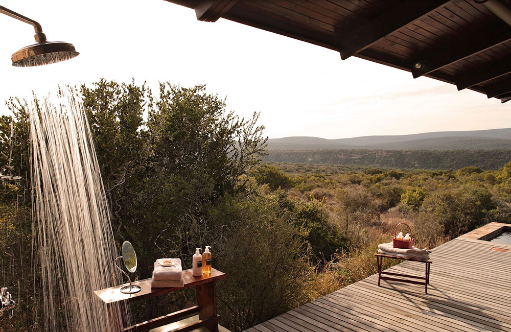 Kwandwe-Ecca-Lodge-outdoor-shower