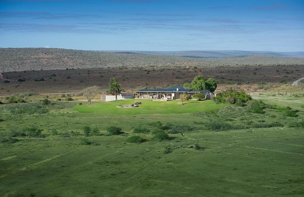Kwandwe-Fort-House-exterior-main-(Dook-Nov16)