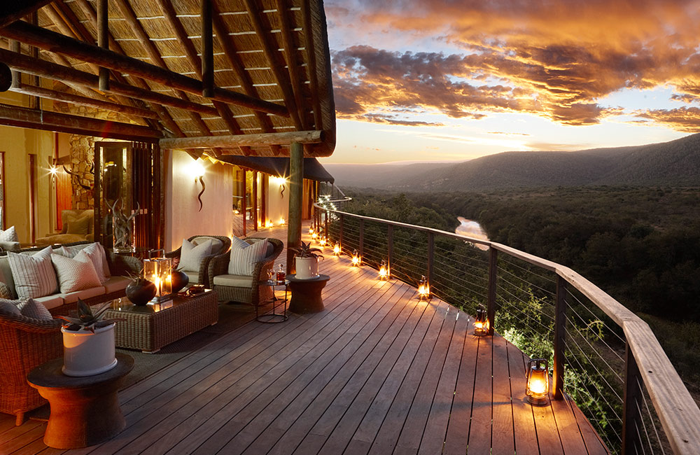 Kwandwe-Great-Fish-River-Lodge-main-deck