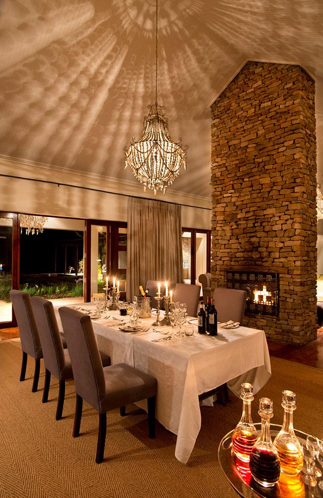 Kwandwe-Melton-dining-room